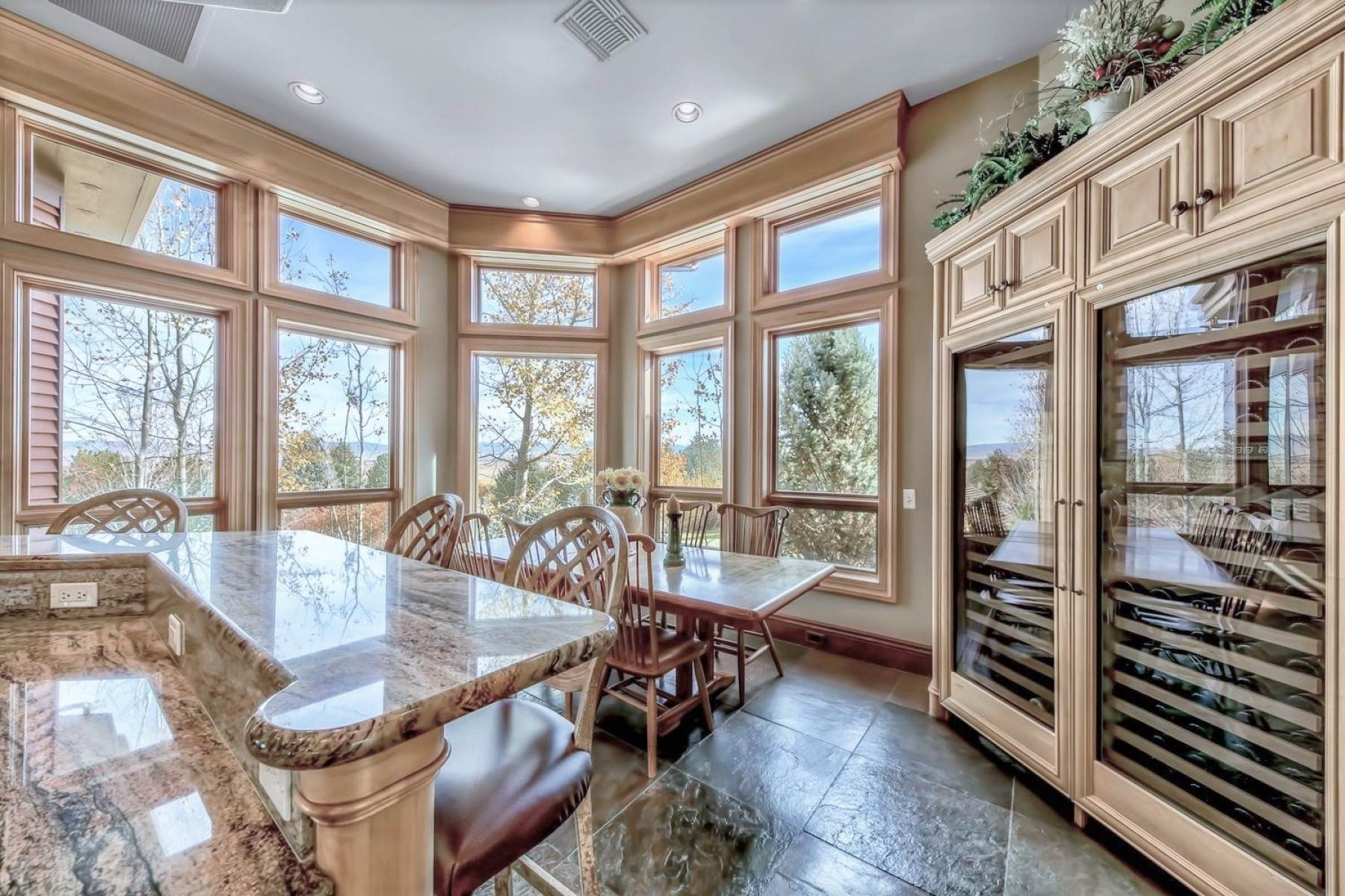 13. Single Family Homes for Active at Private Estate Near Lake Tahoe 263 Sierra Country Circle Gardnerville, Nevada 89460 United States
