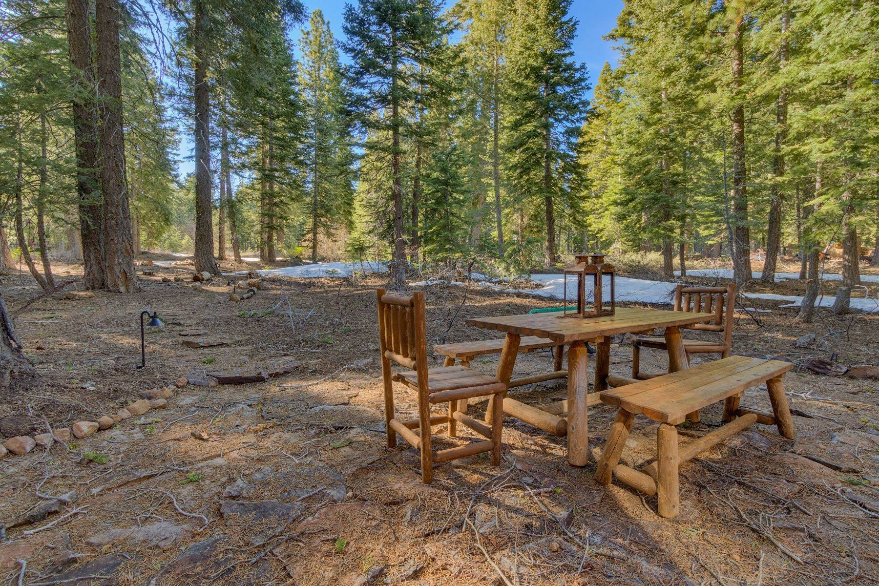 17. Single Family Homes for Active at Tranquility in Talmont Estates 354 Talvista Dr. Tahoe City, California 96145 United States