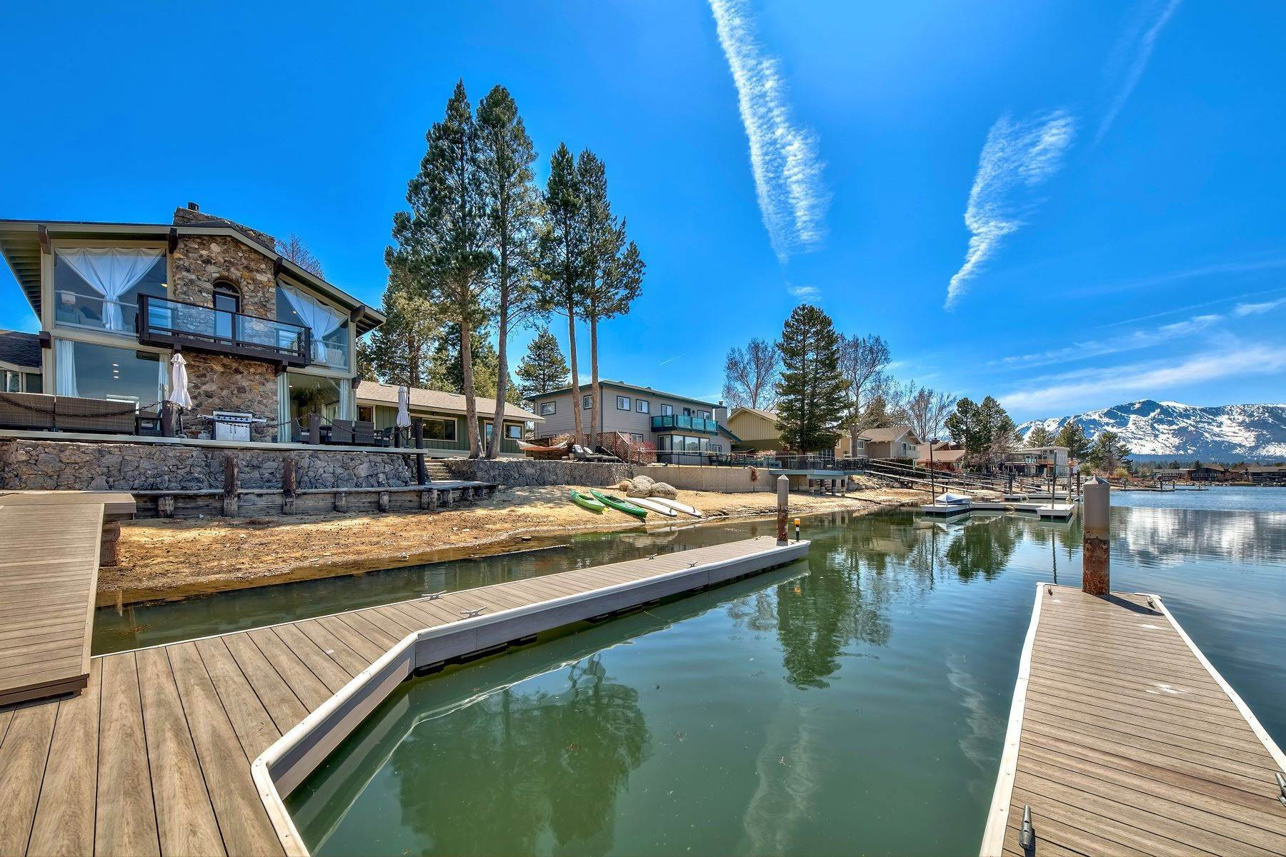 Property en Rustic Modern Lake House 2201 Balboa Drive South Lake Tahoe, California 96150 Estados Unidos