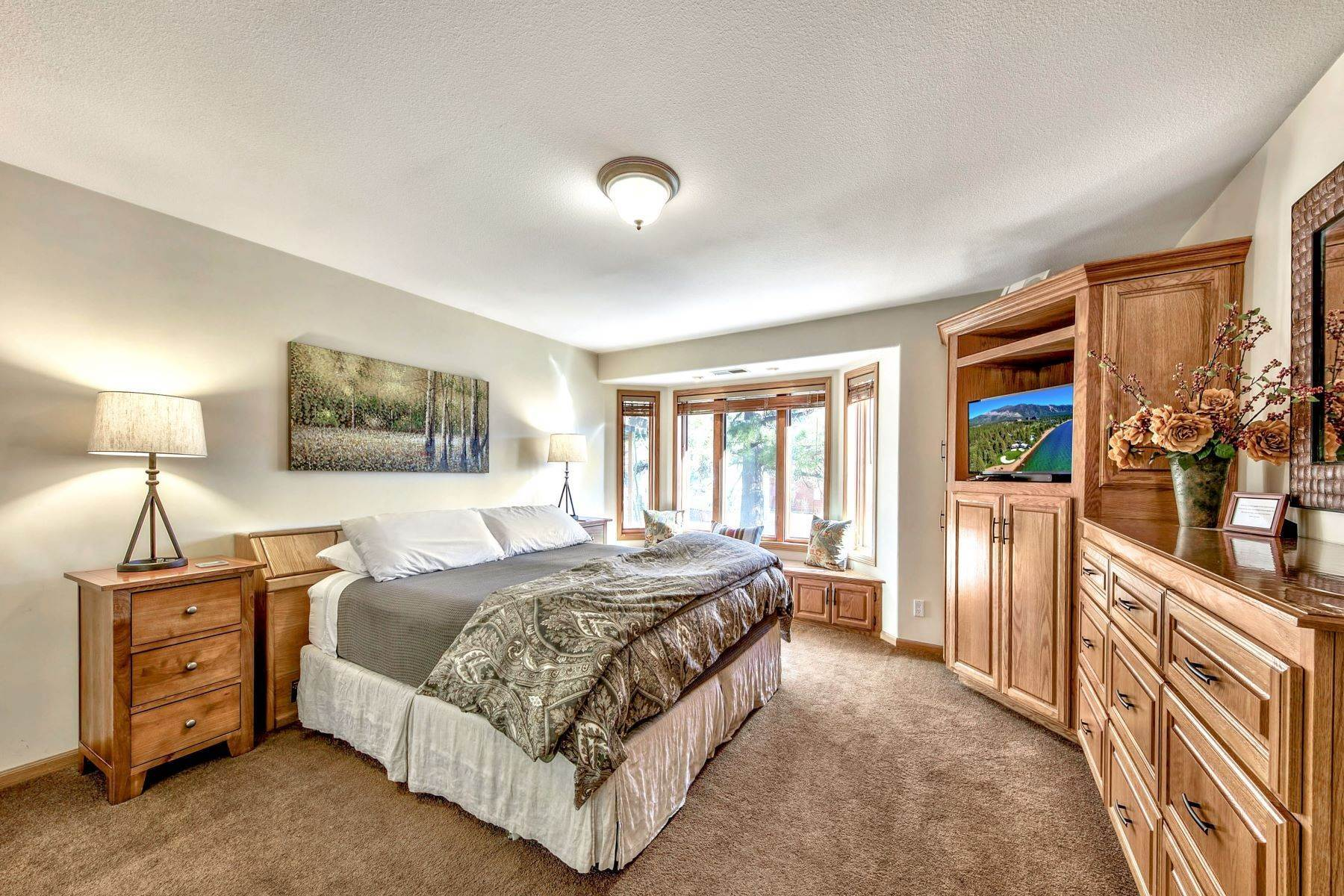 6. Single Family Homes for Active at Mountain Luxury Living 1959 Marconi Way South Lake Tahoe, California 96150 United States