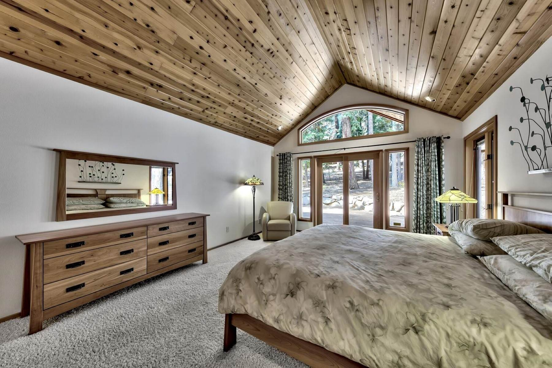 11. Single Family Homes for Active at Private Setting In Tahoe Donner 12320 Telemark Place Truckee, California 96161 United States