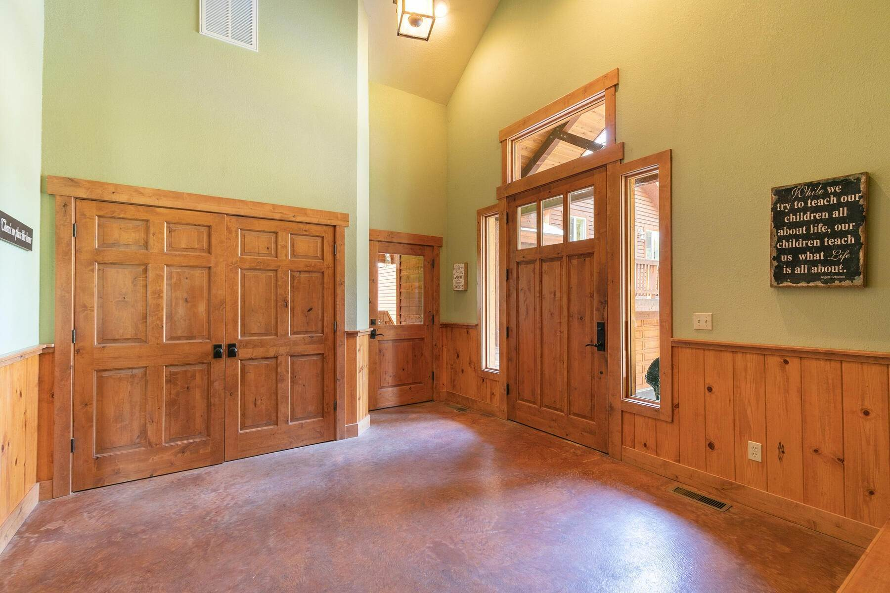 30. Single Family Homes for Active at Best Kept Secret In Truckee Is Out 10915 Royal Crest Drive Truckee, California 96161 United States