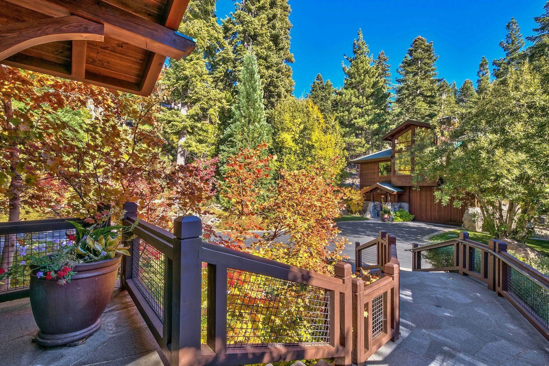 44. Single Family Homes for Active at 674 Alpine View Drive Incline Village, Nevada 89451 United States