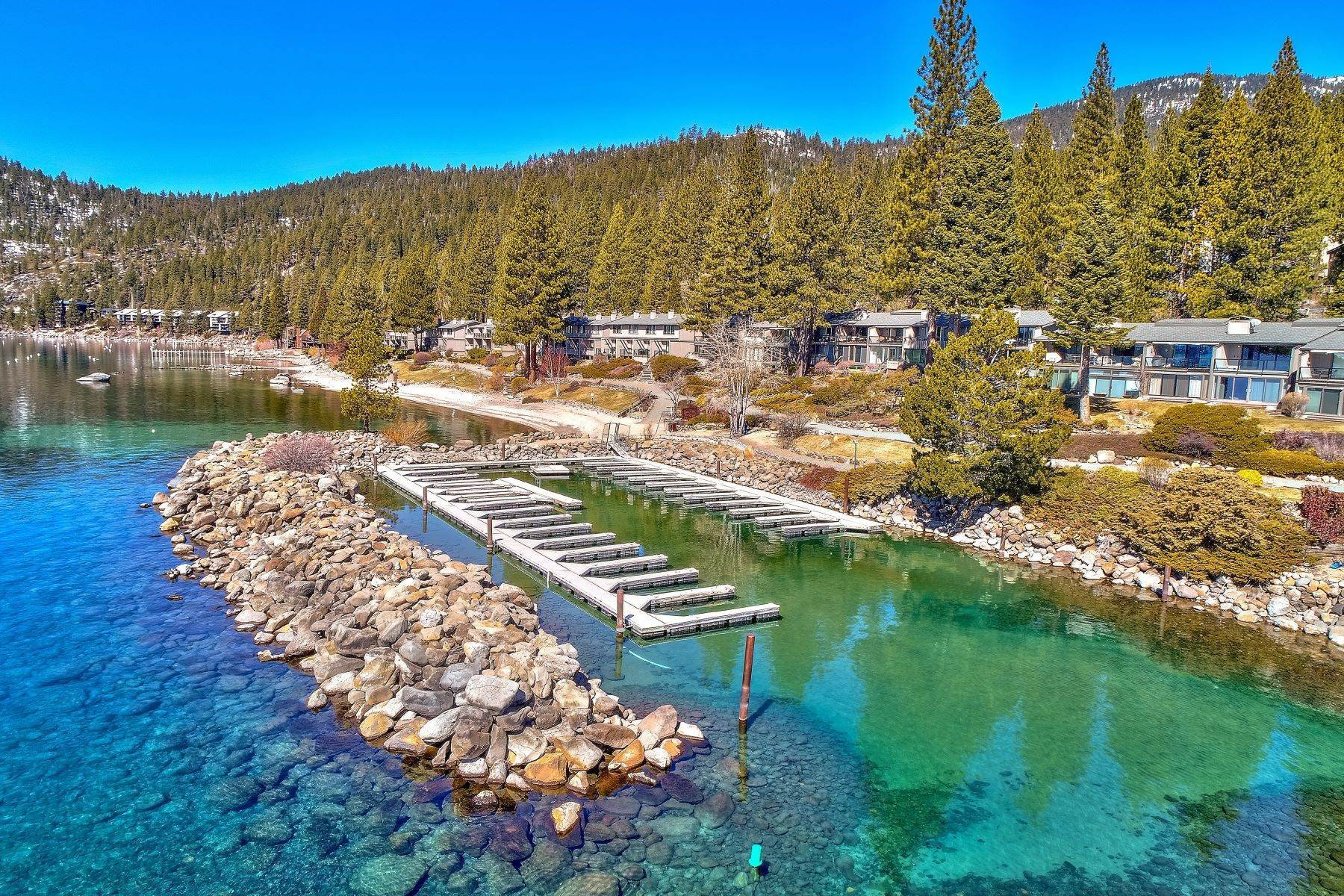 16. Condominiums for Active at Lakefront property with Boat Marina 525 Lakeshore Blvd #48 Incline Village, Nevada 89451 United States