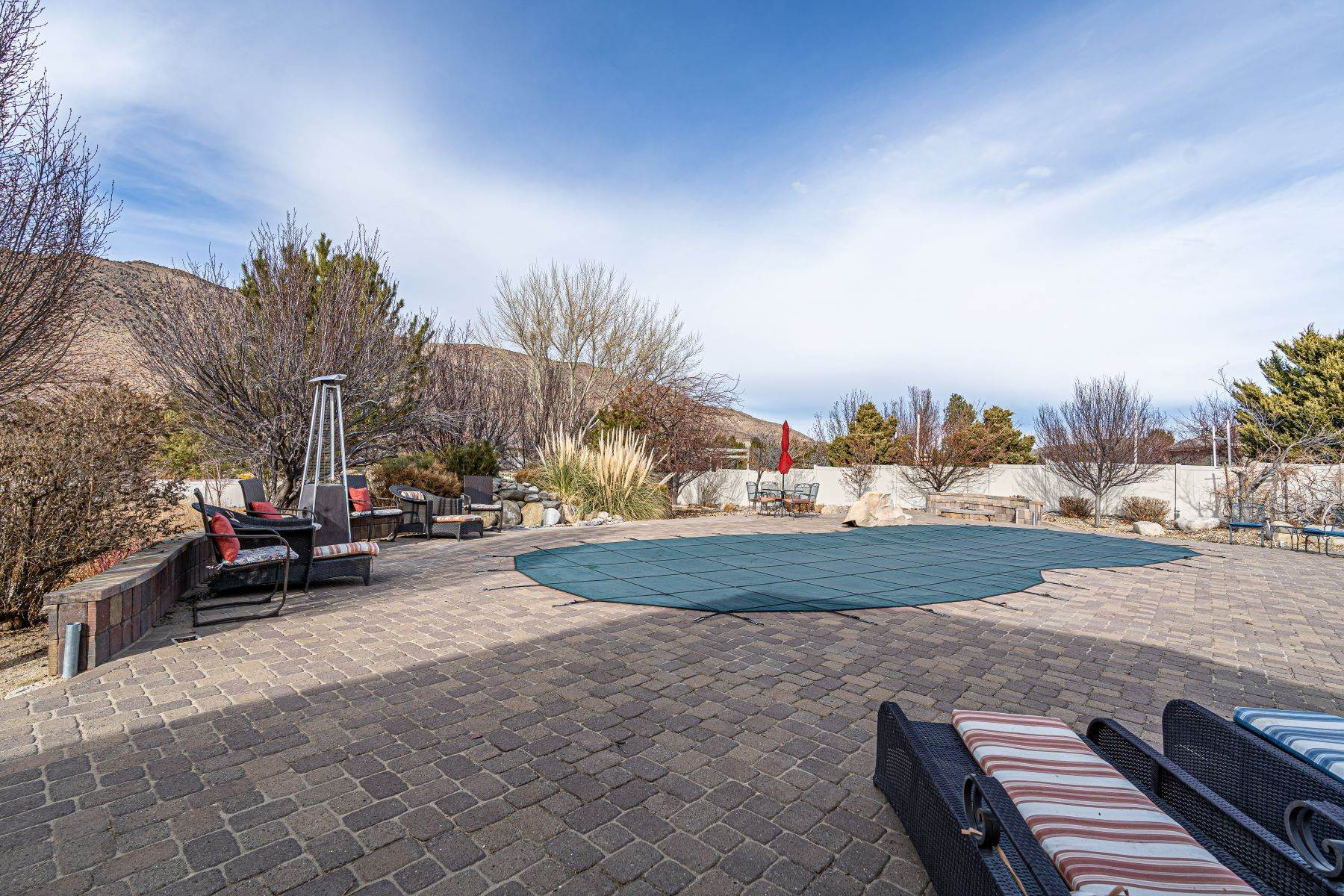 28. Single Family Homes for Active at Exquisite Pebble Creek Home 11785 Ocean View Dr Sparks, Nevada 89441 United States