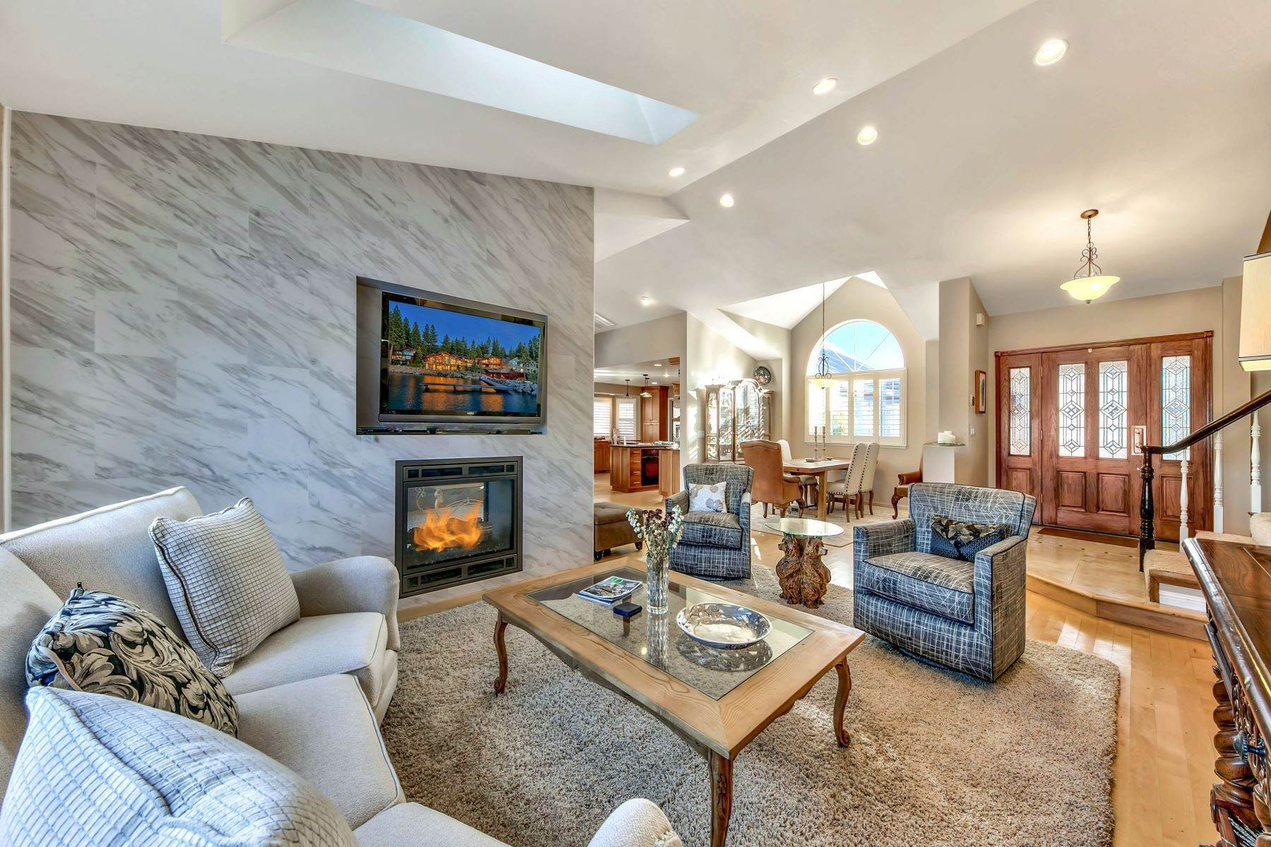 4. Single Family Homes for Active at 5 Bedroom Waterfront 1961 Kokanee Way South Lake Tahoe, California 96150 United States