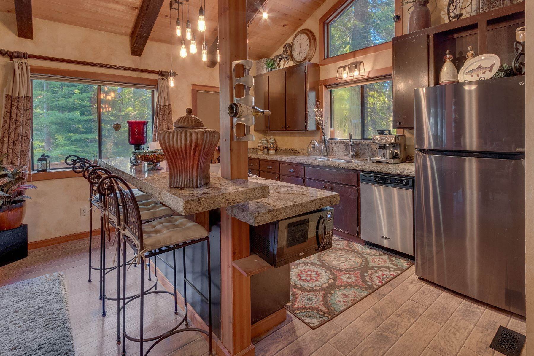 5. Single Family Homes for Active at Tranquility in Talmont Estates 354 Talvista Dr. Tahoe City, California 96145 United States