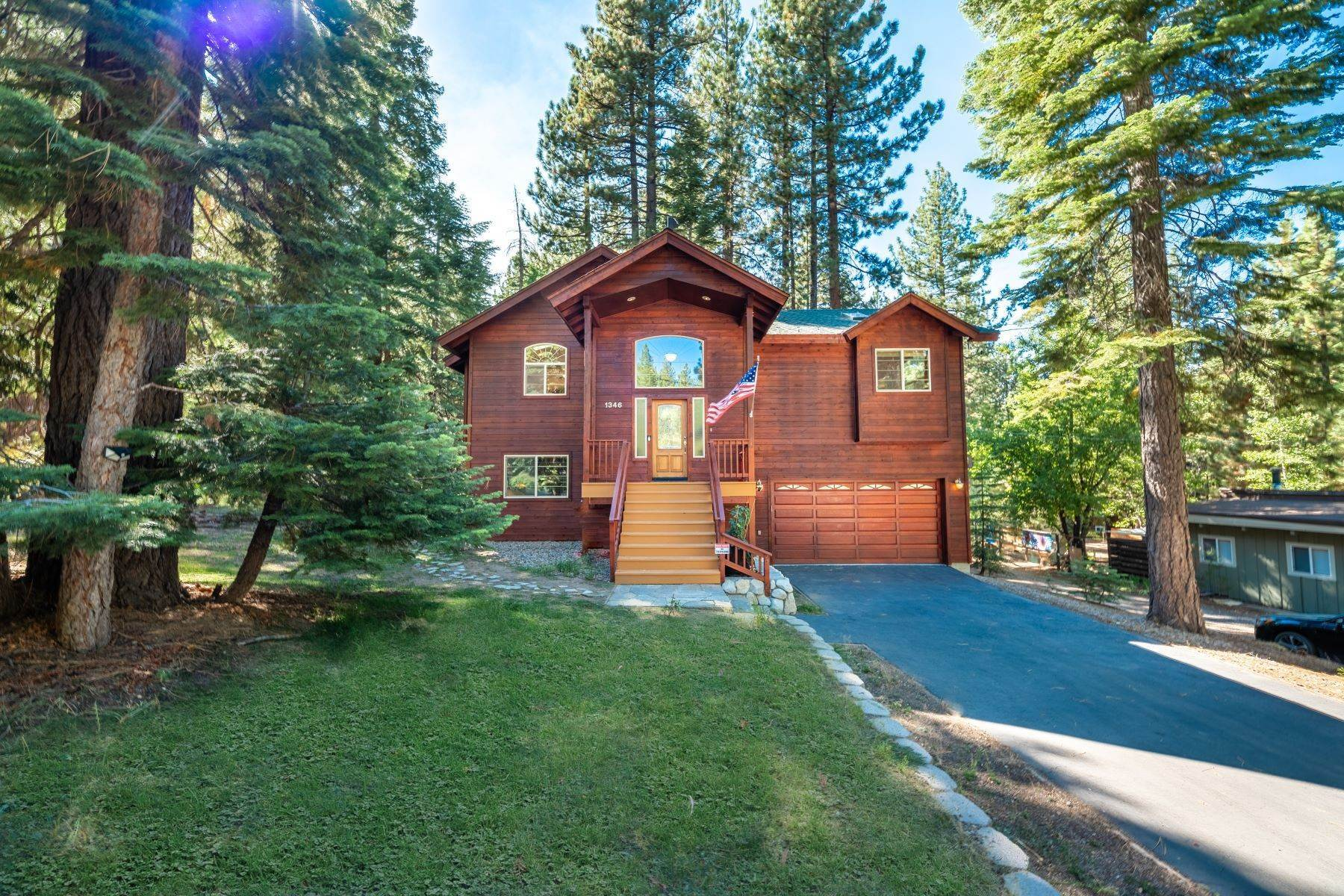 Property for Active at Beautiful Secluded Mountain Home 1346 Bonanza Avenue South Lake Tahoe, California 96150 United States