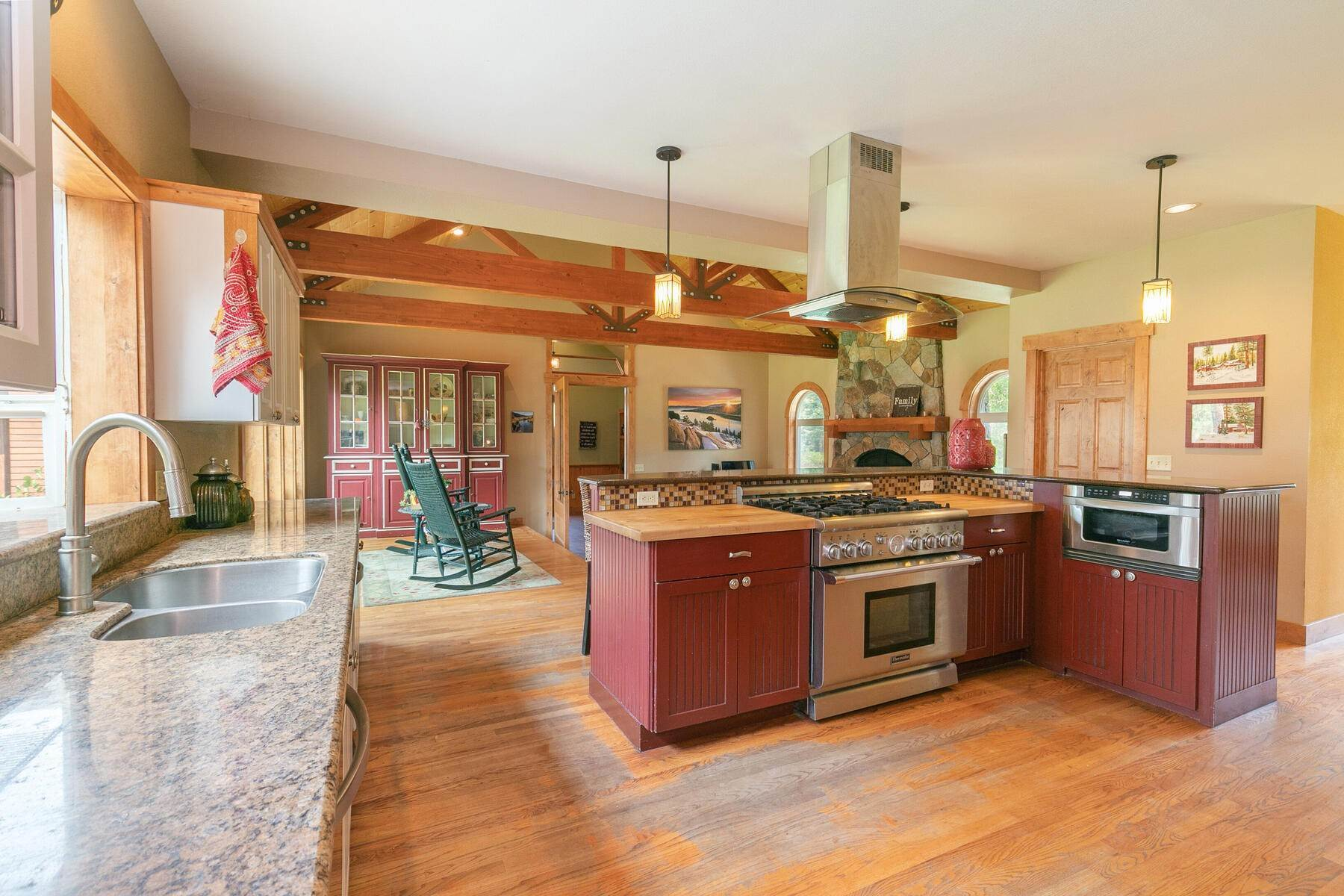 15. Single Family Homes for Active at Best Kept Secret In Truckee Is Out 10915 Royal Crest Drive Truckee, California 96161 United States