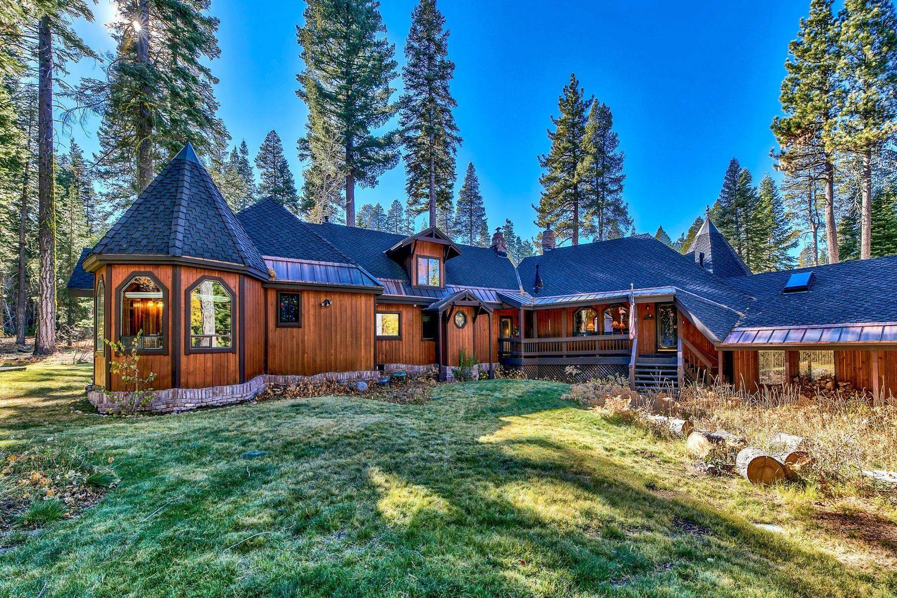 35. Single Family Homes for Active at Magical West Shore Lake Tahoe Home 7100 Deer Ave Tahoma, California 96142 United States