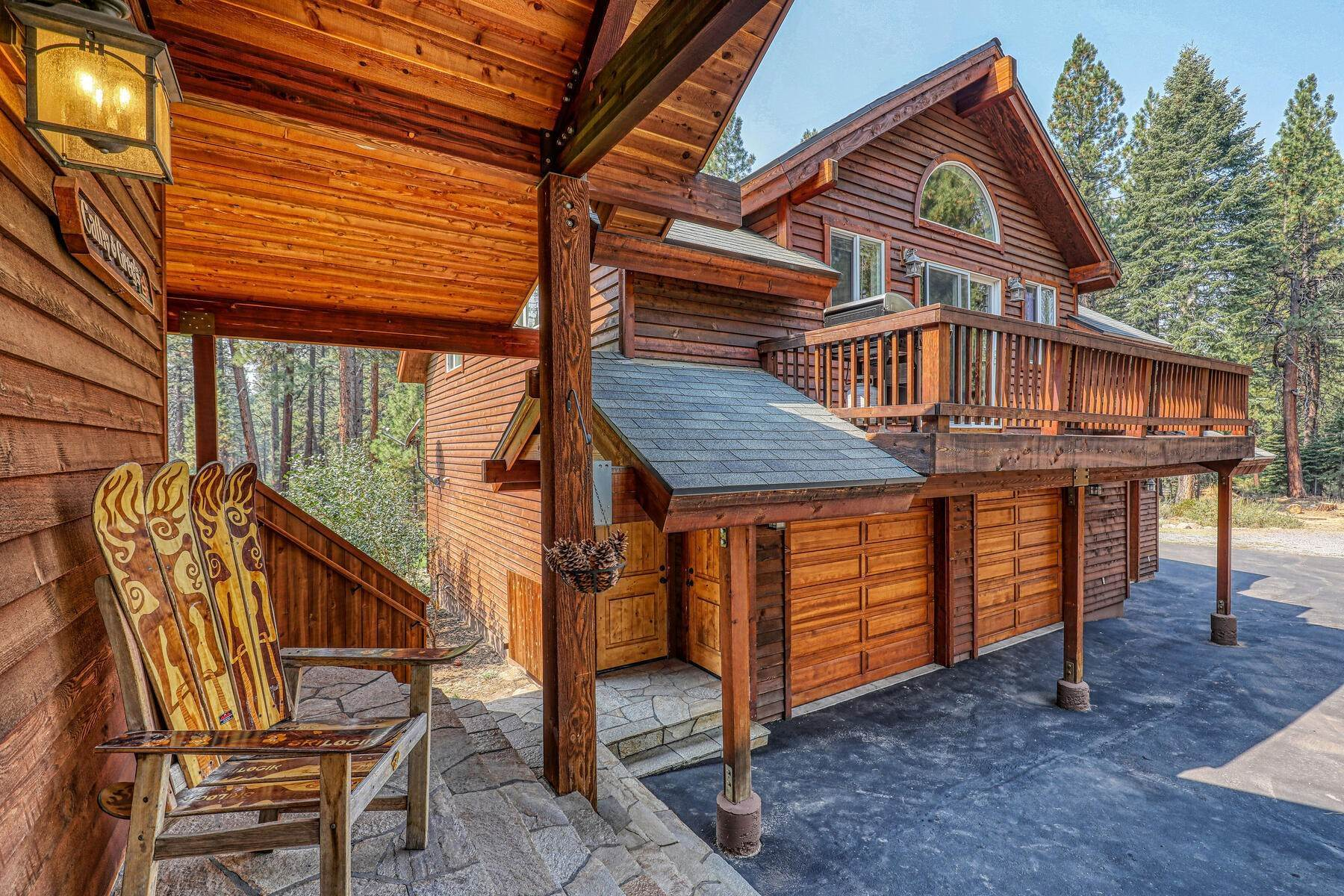 28. Single Family Homes for Active at Best Kept Secret In Truckee Is Out 10915 Royal Crest Drive Truckee, California 96161 United States