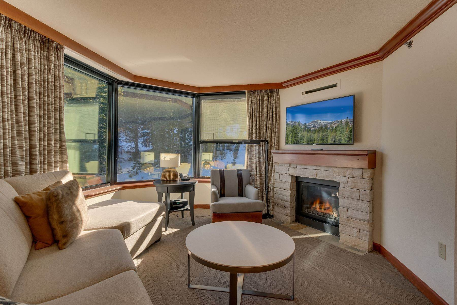 2. Condominiums for Active at 400 Squaw Creek Road Unit # 609 & 611 400 Squaw Creek Rd, # 609 & 611 Olympic Valley, California 96146 United States