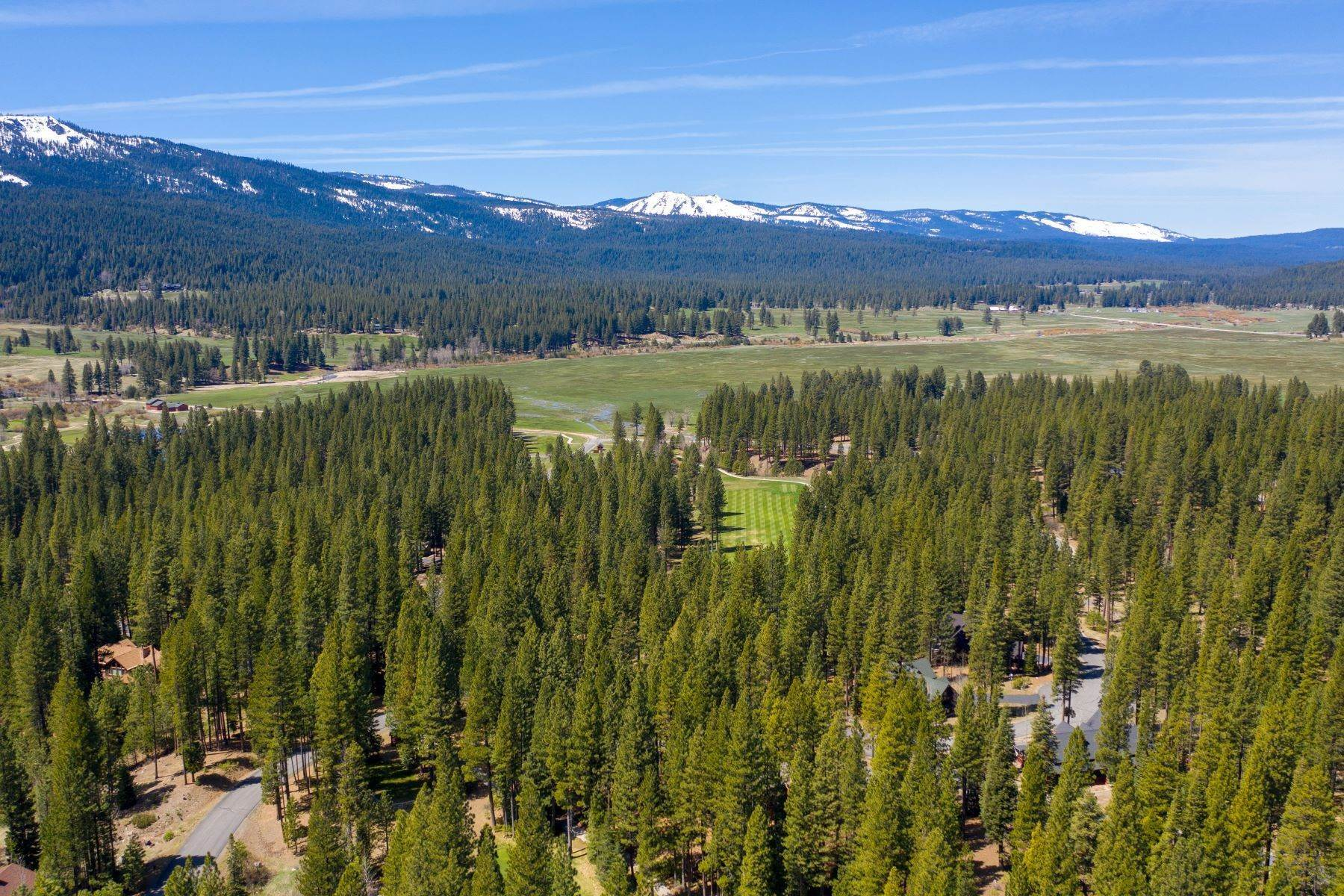 13. Land for Active at 148 Black Bear Trail, Clio, CA 96106 148 Black Bear Trail Clio, California 96106 United States