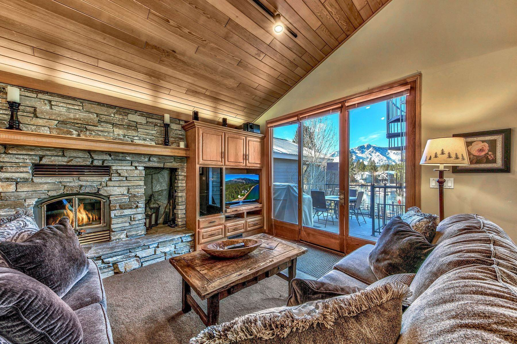 3. Single Family Homes for Active at Mountain Luxury Living 1959 Marconi Way South Lake Tahoe, California 96150 United States