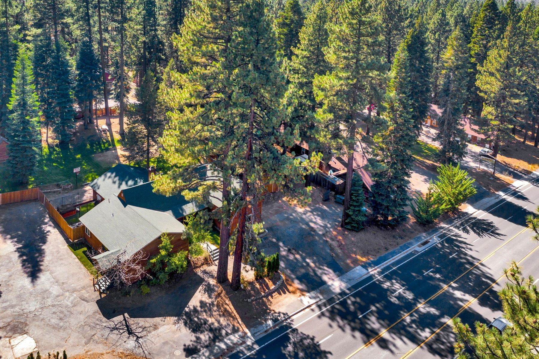 3. Multi-Family Homes for Active at Mountain Retreat on Emerald Bay Road 608/580 Emerald Bay Rd South Lake Tahoe, California 96150 United States