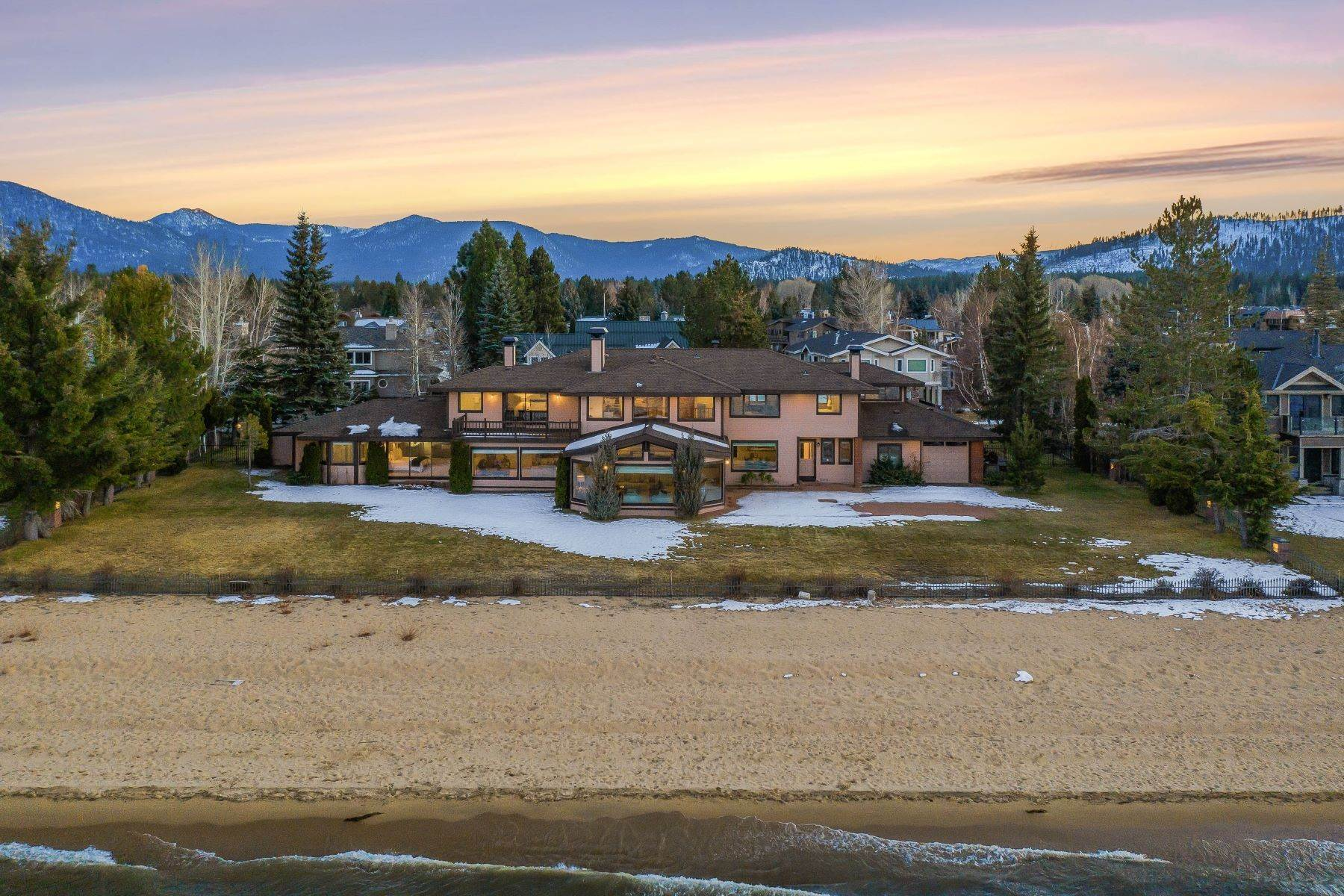2. Single Family Homes for Active at Lake Tahoe Lakefront Estate 259 Beach Drive South Lake Tahoe, California 96150 United States