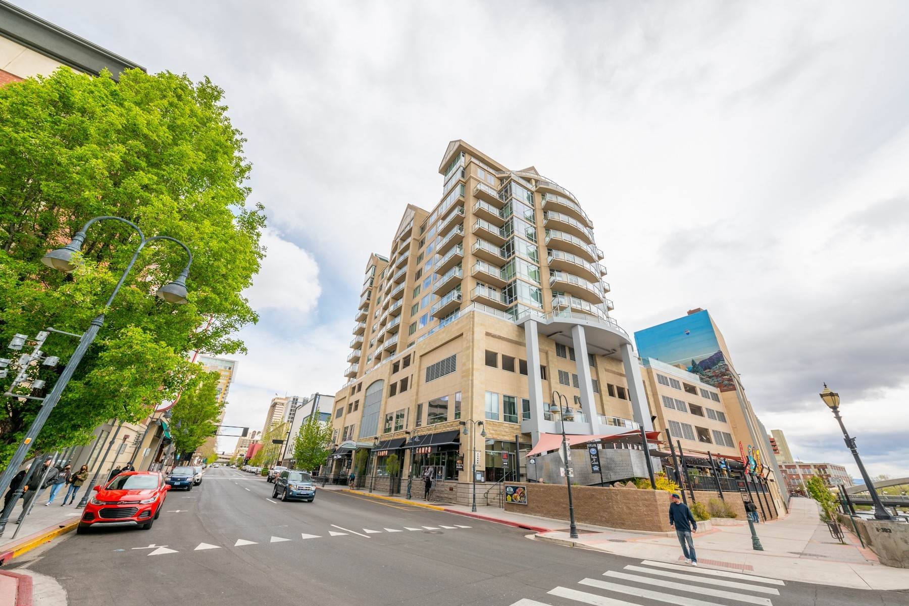 39. Condominiums for Active at Luxury Condo on the Riverwalk 50 N Sierra Street, #803 Reno, Nevada 89501 United States
