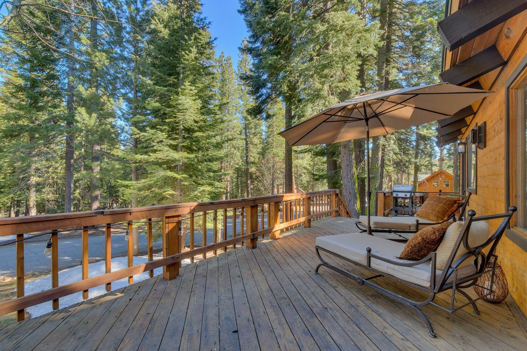 18. Single Family Homes for Active at Tranquility in Talmont Estates 354 Talvista Dr. Tahoe City, California 96145 United States