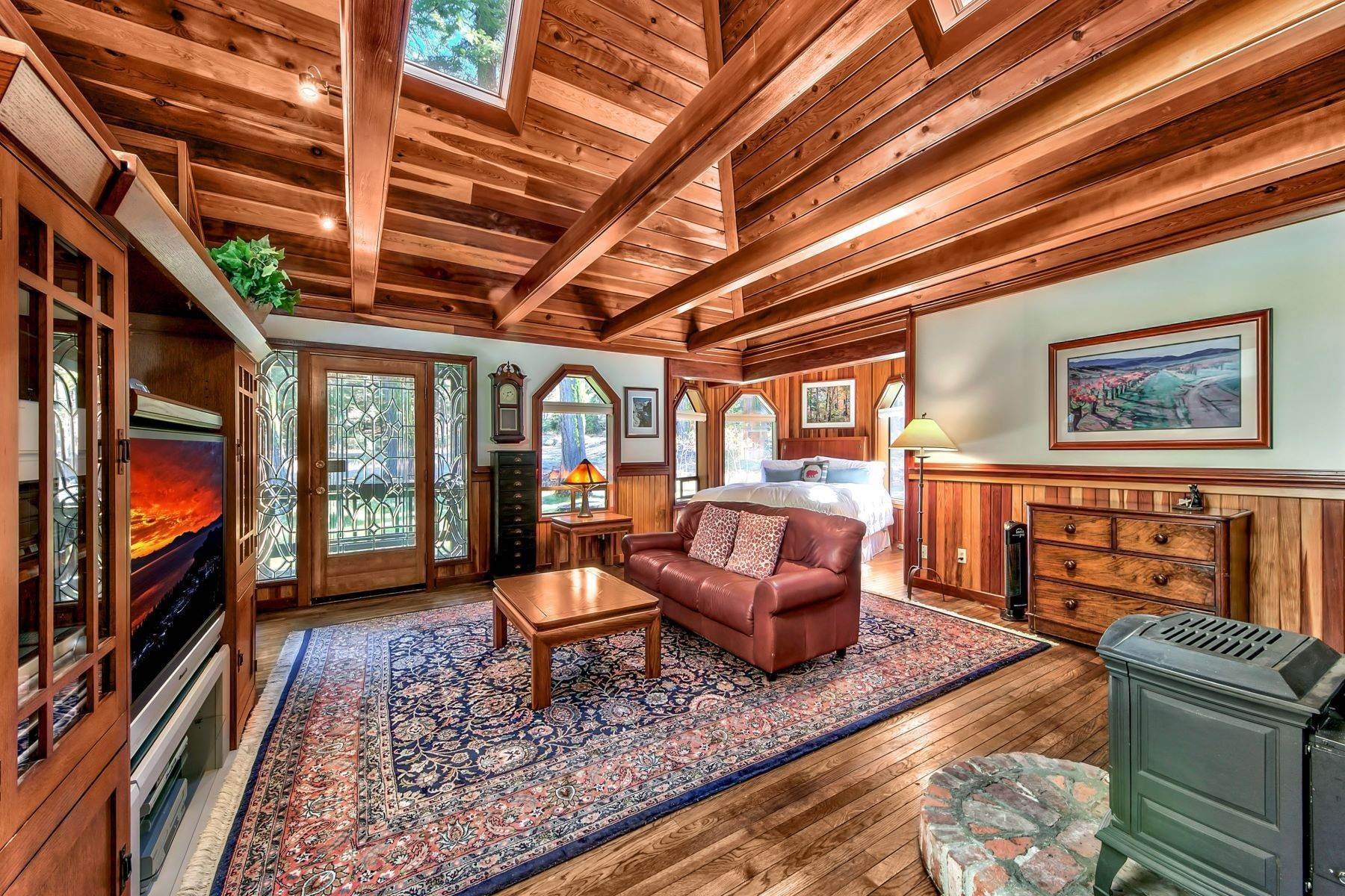 6. Single Family Homes for Active at Magical West Shore Lake Tahoe Home 7100 Deer Ave Tahoma, California 96142 United States