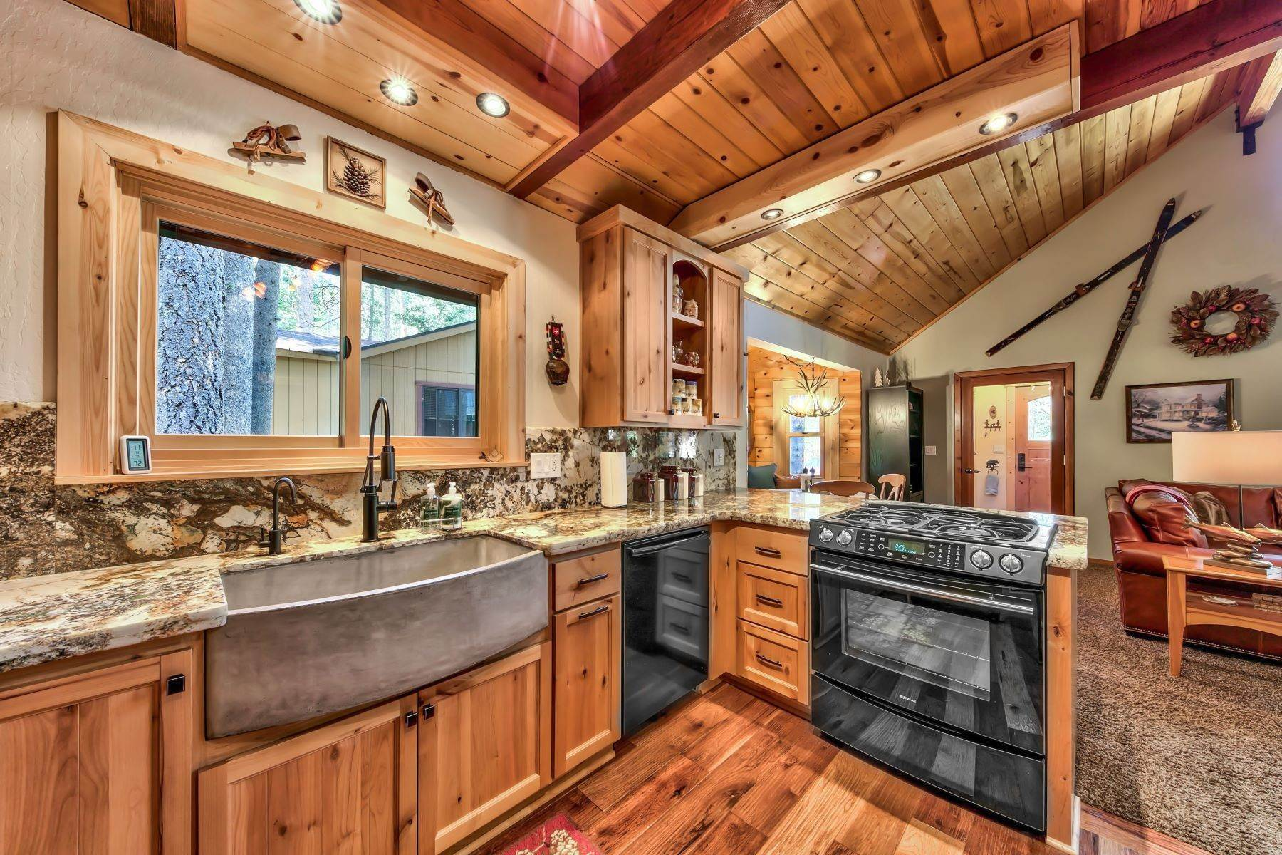4. Single Family Homes for Active at Remodeled Tahoe Donner Retreat 15151 Northwoods Boulevard Truckee, California 96161 United States