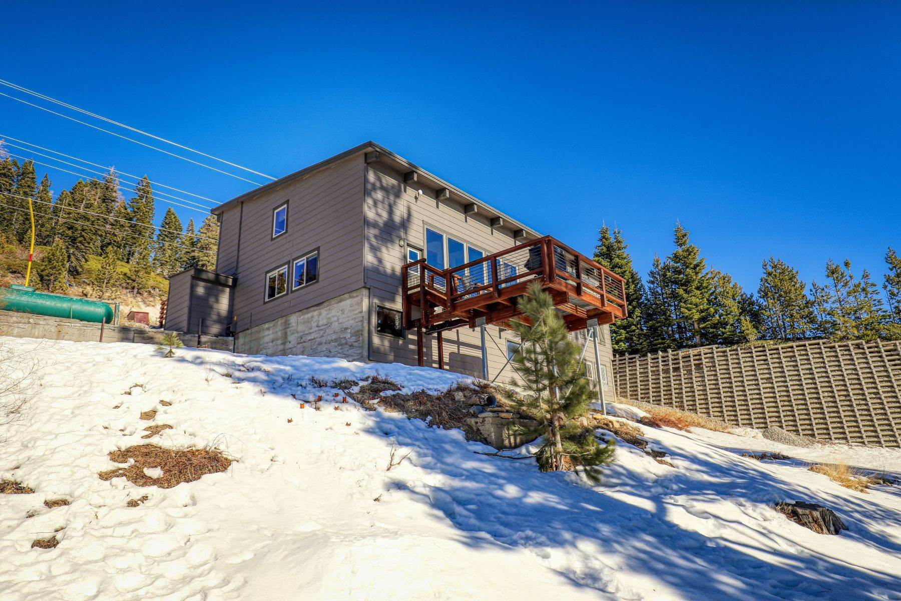 37. Single Family Homes for Active at Donner Summit Base Camp 58376 Donner Pass Road Norden, California 95724 United States