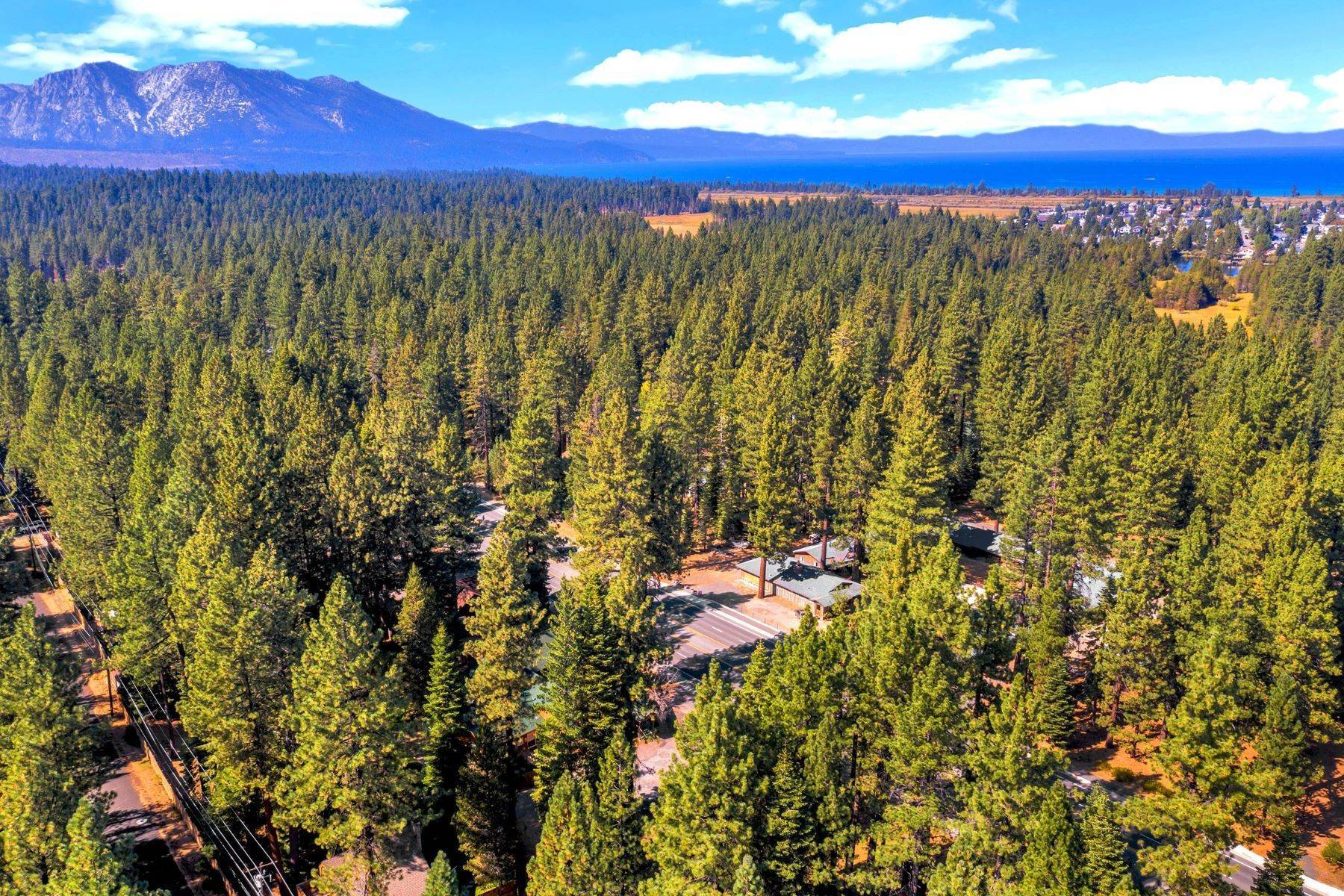 23. Multi-Family Homes for Active at Mountain Retreat on Emerald Bay Road 608/580 Emerald Bay Rd South Lake Tahoe, California 96150 United States