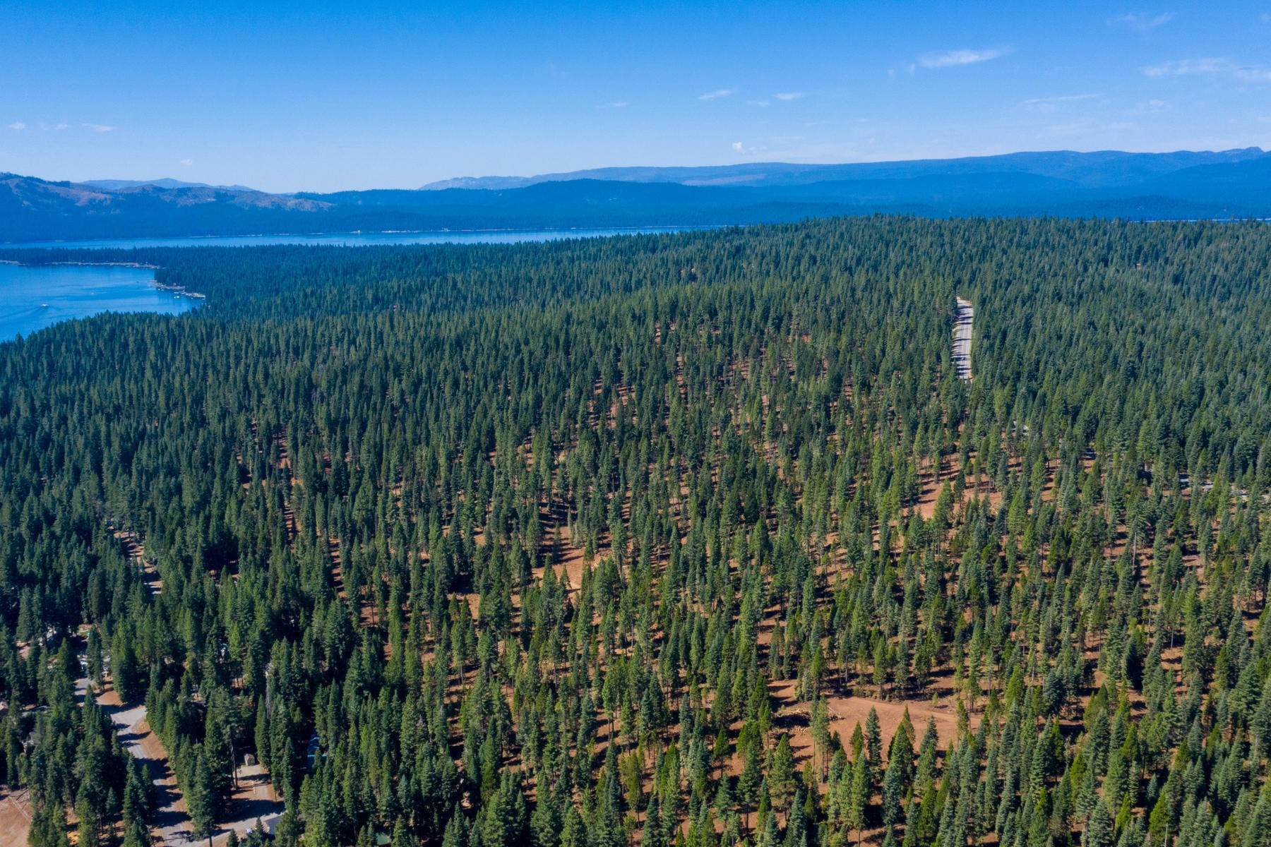 Terreno en 103-02 Clifford Drive Lake Almanor, California 96137 103-02 Clifford Drive Lake Almanor, California 96137 Estados Unidos