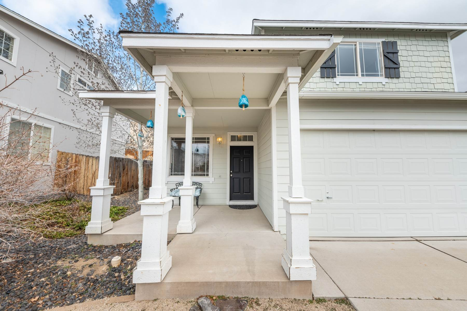 Single Family Homes por un Venta en Home in the Heart of NW Reno 2340 Sapphire Ridge Way Reno, Nevada 89523 Estados Unidos