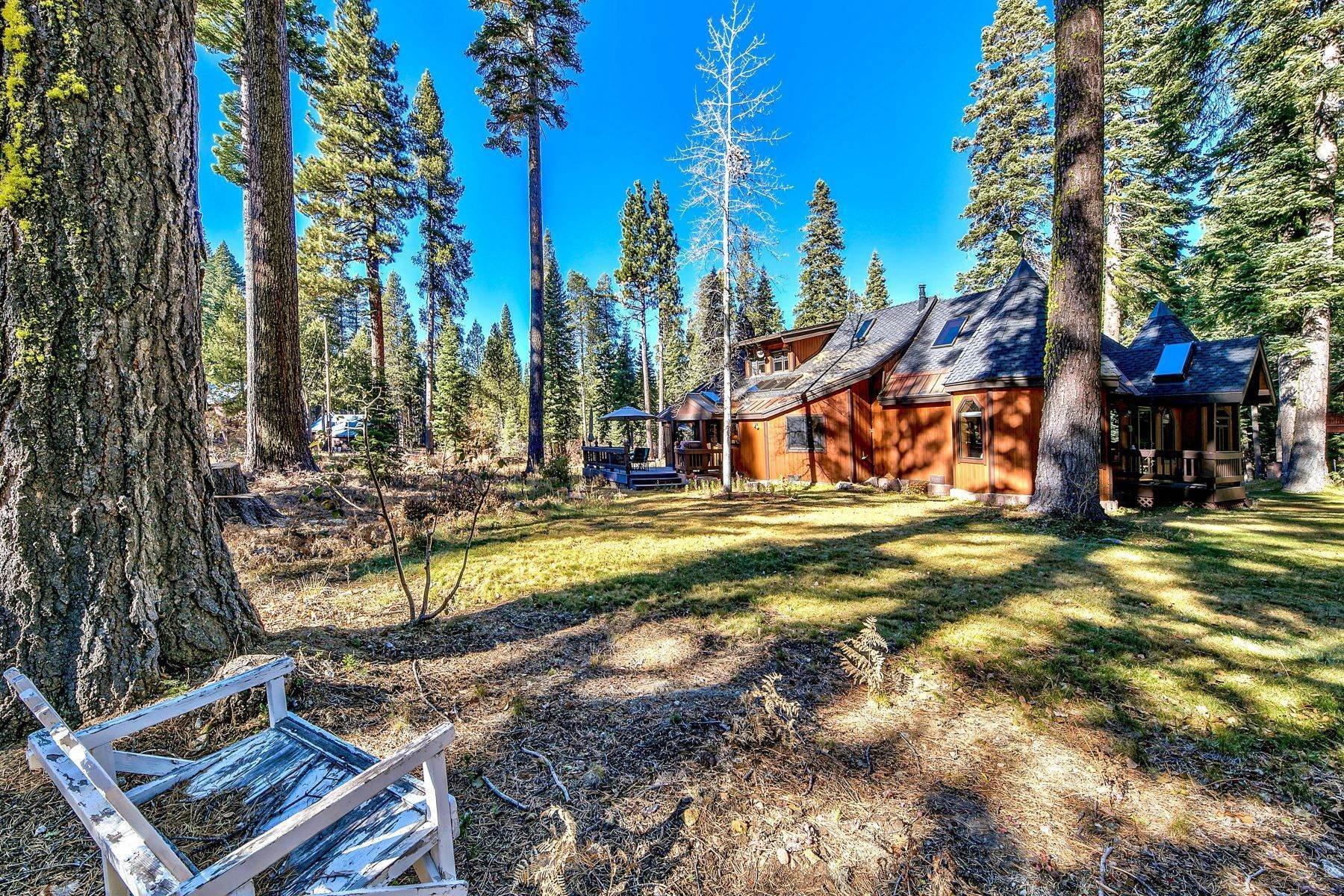 37. Single Family Homes for Active at Magical West Shore Lake Tahoe Home 7100 Deer Ave Tahoma, California 96142 United States