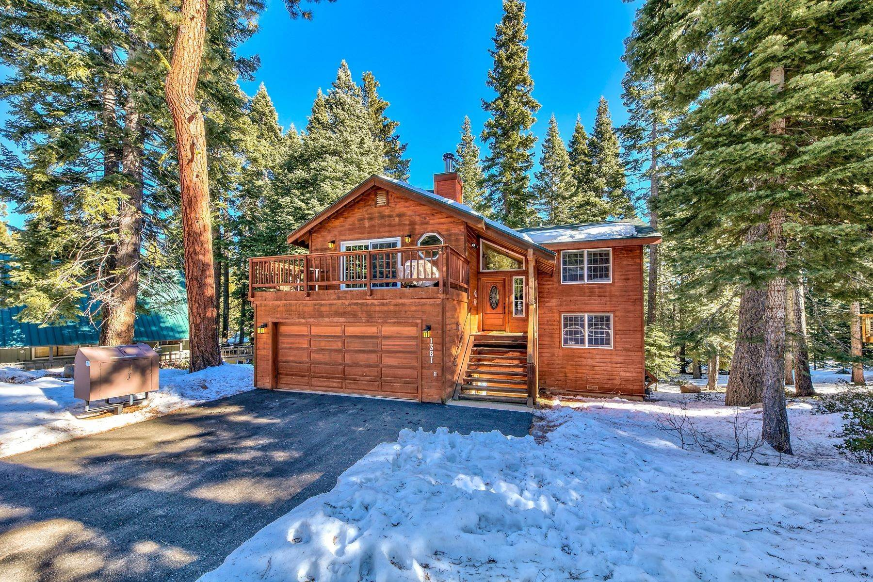 Property for Active at Peaceful & Quiet Mountain Setting 1381 Kings Vista Ct. Tahoe Vista, California 96148 United States