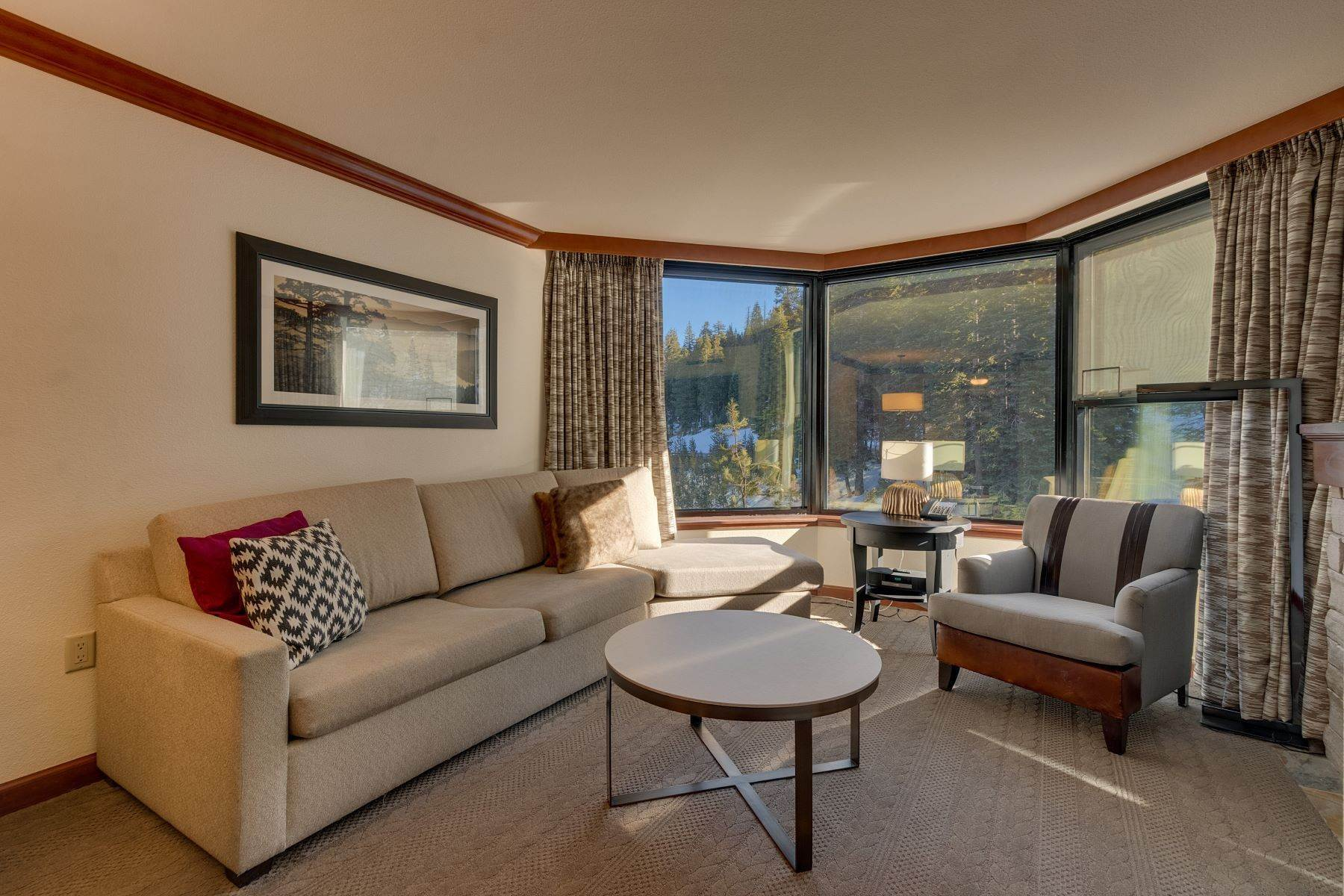 4. Condominiums for Active at 400 Squaw Creek Road Unit # 609 & 611 400 Squaw Creek Rd, # 609 & 611 Olympic Valley, California 96146 United States