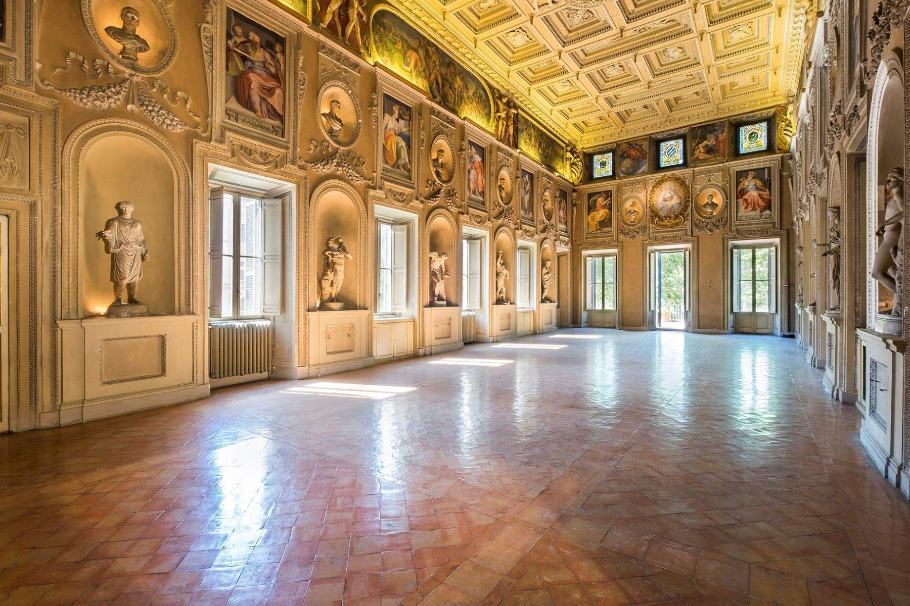 Apartments for Active at Noble floor apartment in Palazzo Sacchetti, a pearl of the late Renaissance Rome, Roma Italy