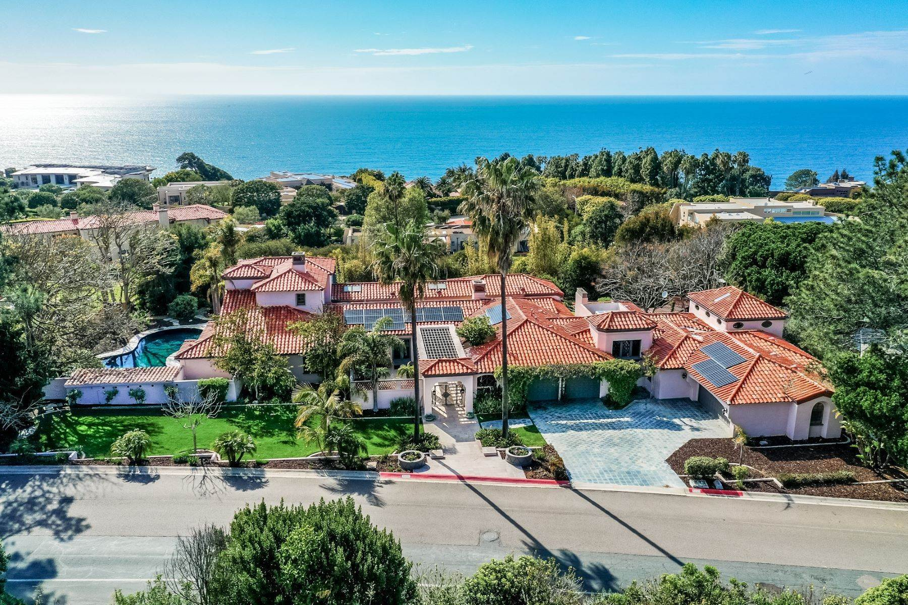 Single Family Homes for Active at 9660 Blackgold Road, San Diego, CA 92037 9660 Black Gold Road La Jolla, California 92037 United States