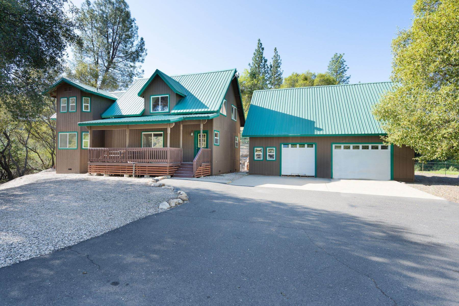 Farm and Ranch Properties for Active at Picture Perfect Country Getaway! 5833 Parrotts Ferry Road Vallecito, California 95251 United States