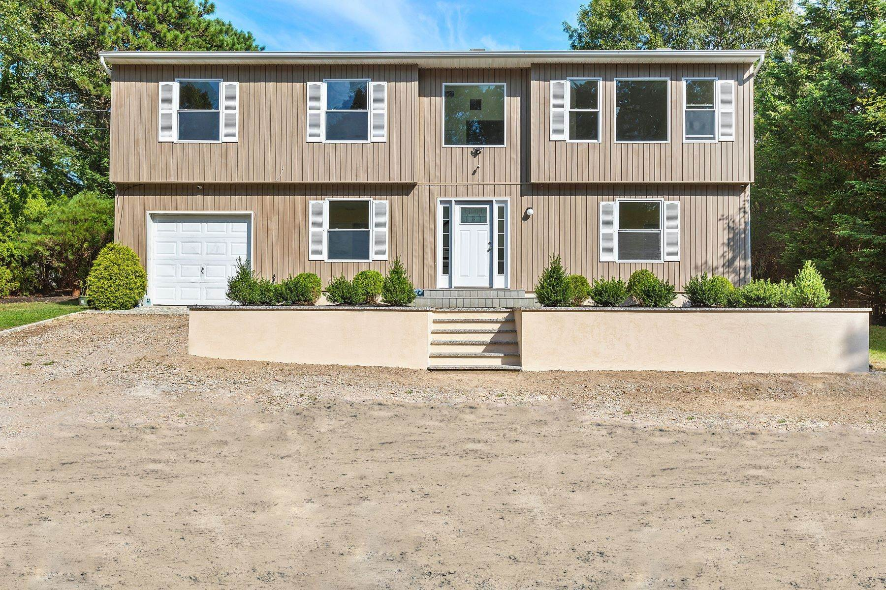 Multi-Family Homes for Active at 1850 County Road 39, Southampton, NY 11968 1850 County Road 39 Rd Southampton, New York 11968 United States