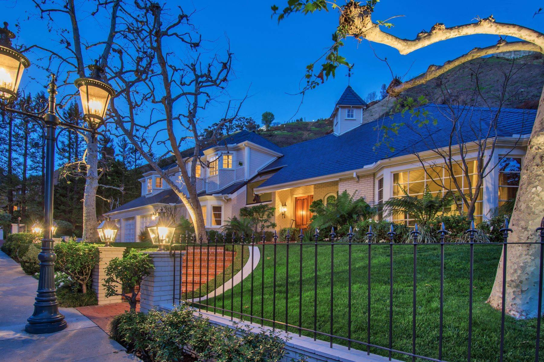 Single Family Homes for Active at Rare Opportunity in Moraga Estates 1432 Moraga Drive Los Angeles, California 90049 United States
