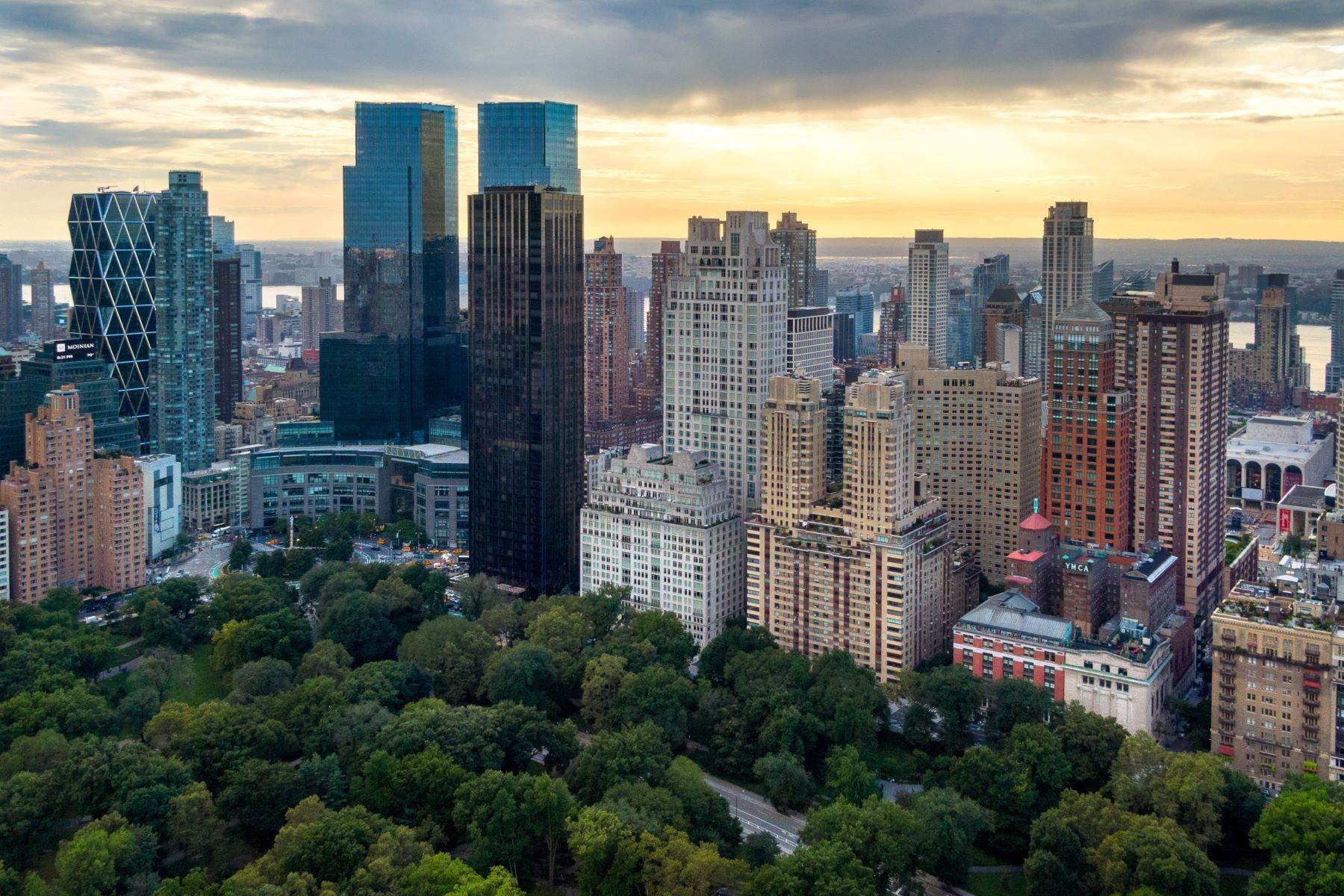 Condominiums for Active at 15 Central Park West, 6D New York, New York 10023 United States