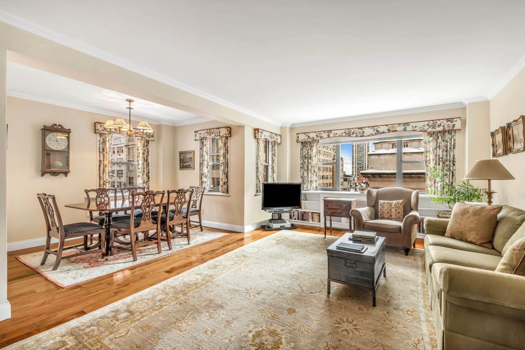Apartments for Active at 136 East 76th Street, 8D New York, New York 10021 United States