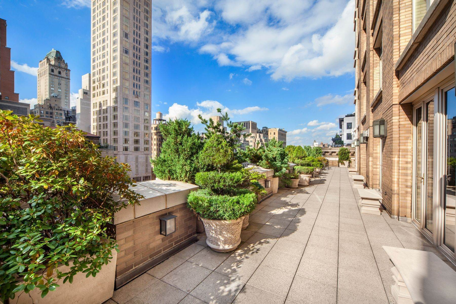 Condominiums for Active at Spectacular Terraces on Park Avenue 515 Park Avenue, 15/16 New York, New York 10022 United States